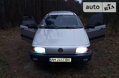 Volkswagen Passat B3 111 1989