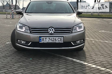 Volkswagen Passat B7 Highline 2014