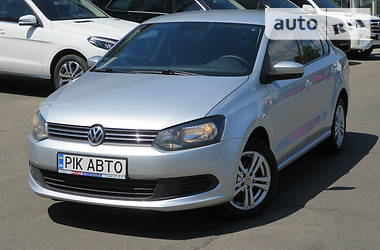 Volkswagen Polo 1.6i MT 2010