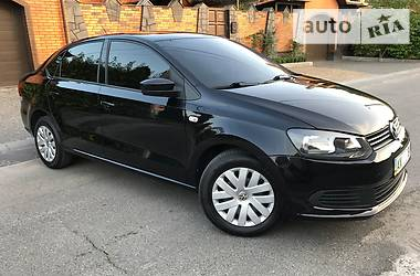Volkswagen Polo 1.6 AT 2012