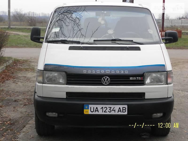 Volkswagen Transporter 1998 року