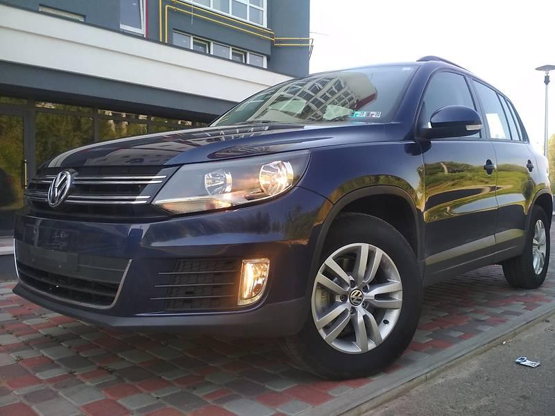 Седан Volkswagen Tiguan