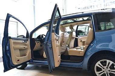 Volkswagen Touran MAXI-FULL TSI TURBO 2011
