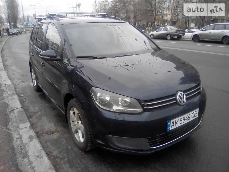 Volkswagen Touran 2014 року