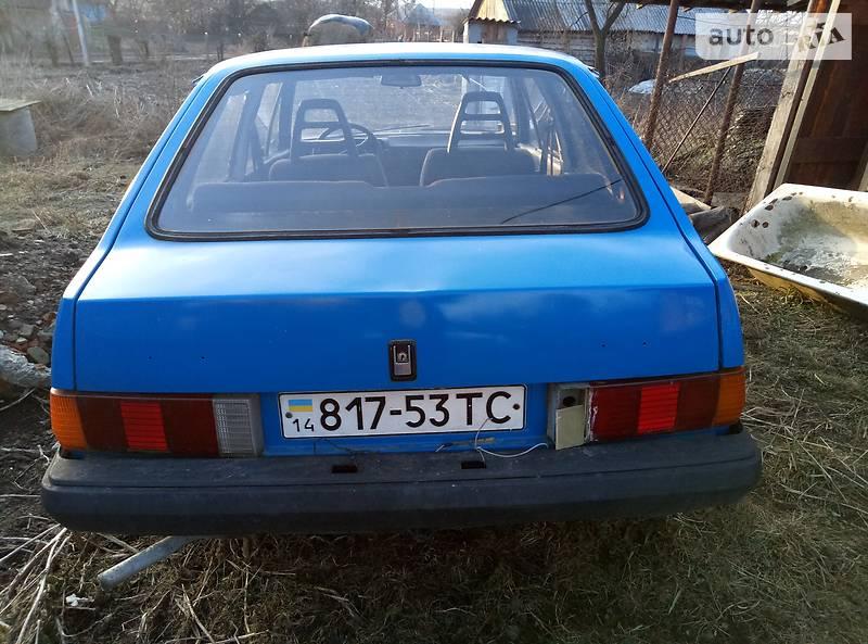 Volvo 343 1988 року