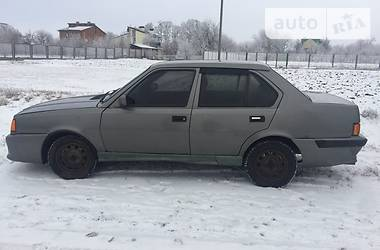 Volvo 360   1987