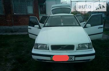 Volvo 440   1994