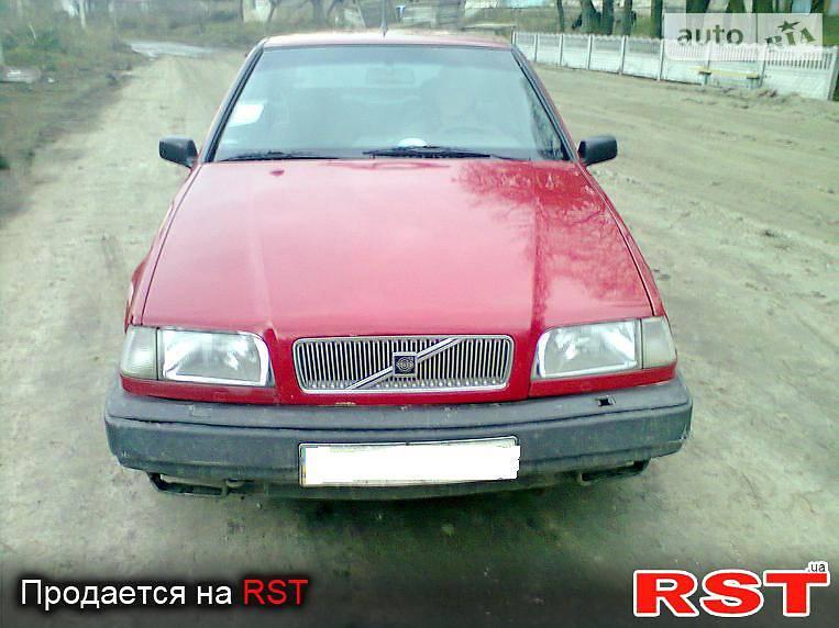Volvo 440 1992 року