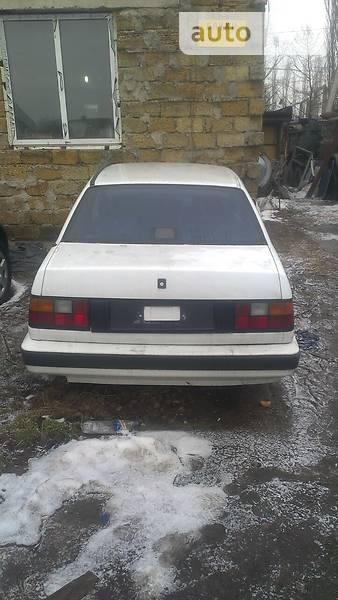 Volvo 460 1992 року