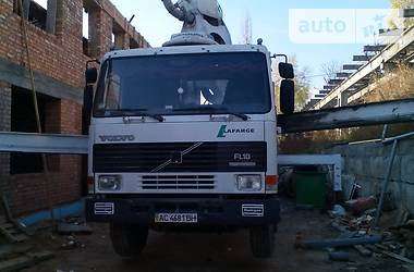 Volvo 800  2000