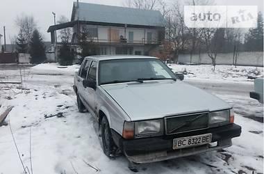 Volvo 940  1987