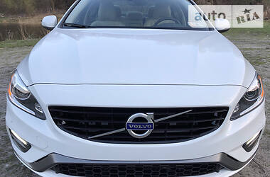 Volvo S60 Dynamic AWD 2016