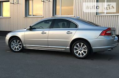Volvo S80 2.4D 4WD 2011