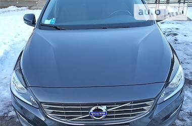 Volvo V60 D2 2014