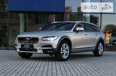 Volvo V90 Cross Country T5 AWD 2017
