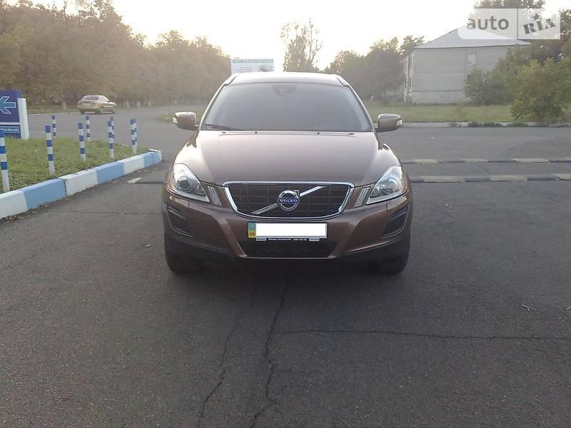 Volvo XC60 2012 року