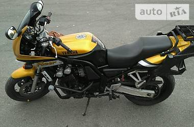Yamaha Fazer FZS600 2000