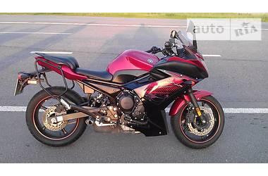 Yamaha FJ  2011