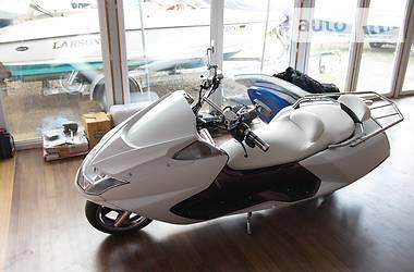 Yamaha Maxam  2008