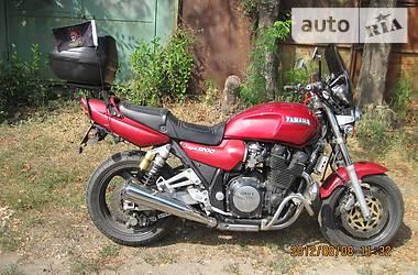 Yamaha XJR  1995
