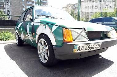 ЗАЗ 1102 Таврия ВАЗ 2108 1989