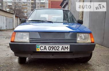ЗАЗ 1102 Таврія  2001