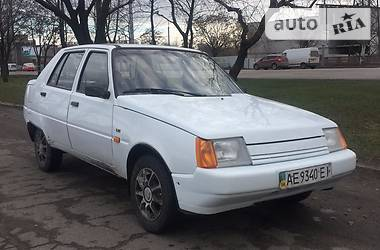 ЗАЗ 1103 Славута   2001