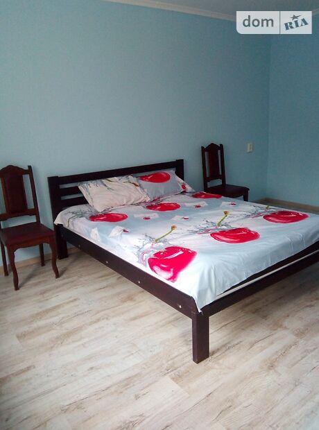 Комната в Киеве, район Соломенский, улица Соломенская 16 Б на сутки фото 1