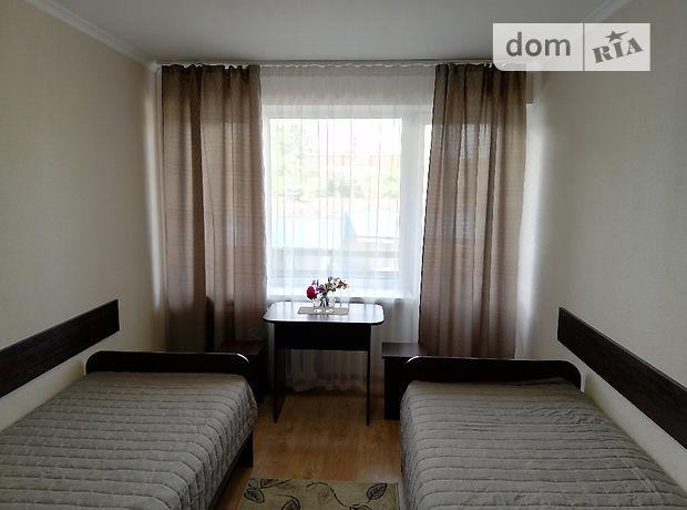 Кімната в Вінниці, район Центр, шосе Хмельницьке 2А, на добу фото 1