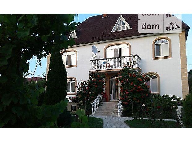 четырехкомнатная квартира в Берегове, район Берегово, на Виноградная 60, в аренду на короткий срок посуточно фото 1