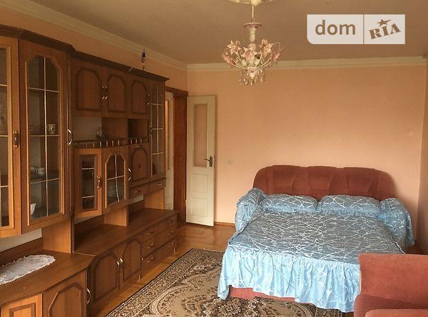 трехкомнатная квартира в Берегове, район Берегово, на Шевченка 39б, в аренду на короткий срок посуточно фото 1