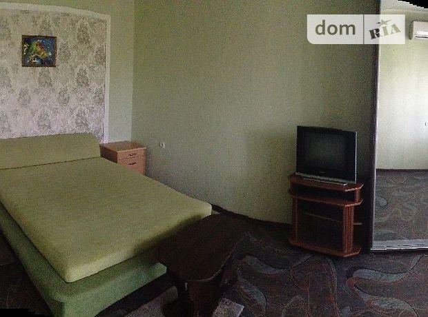 однокомнатная квартира в Черкассах, район Центр, в аренду на короткий срок посуточно фото 1