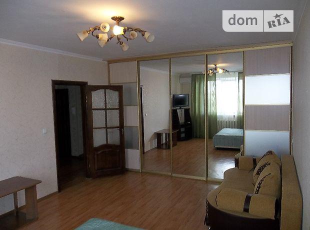 однокомнатная квартира в Черкассах, район Казбет, на бул. Шевченко в аренду на короткий срок посуточно фото 1