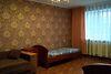 двухкомнатная квартира в Черкассах, район Центр, на бул. Шевченко 135, в аренду на короткий срок посуточно фото 1