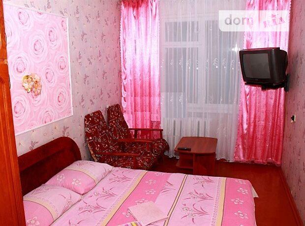 двухкомнатная квартира в Чернигове, район Деснянский, на Ул. Летная 3, в аренду на короткий срок посуточно фото 1