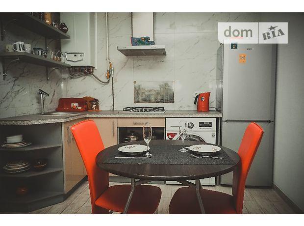 двокімнатна квартира в Чернігові, район Міськсад, на Проспект победы 108а в оренду на короткий термін подобово фото 1