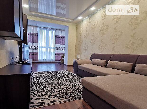 двухкомнатная квартира в Чернигове, район Центр, на победы в аренду на короткий срок посуточно фото 1
