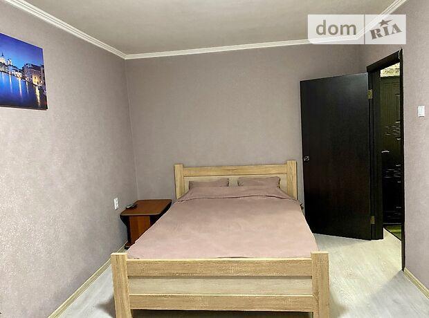 однокомнатная квартира в Чернигове, район Центр, на Проспект победы 45, в аренду на короткий срок посуточно фото 1