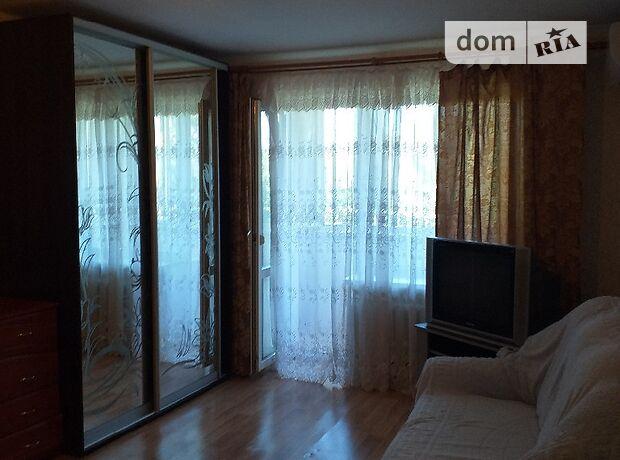 однокомнатная квартира в Черноморске, район Ильичевск, на ул. 1 Мая 2/а, в аренду на короткий срок посуточно фото 1