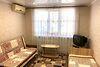 однокомнатная квартира в Черноморске, район Ильичевск, на 1-го мая улица в аренду на короткий срок посуточно фото 1