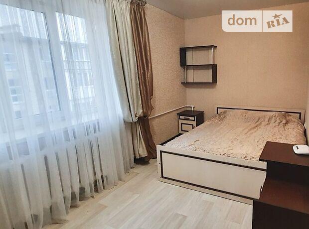 двухкомнатная квартира в Черноморске, район Ильичевск, на Мира проспект 18а, в аренду на короткий срок посуточно фото 1