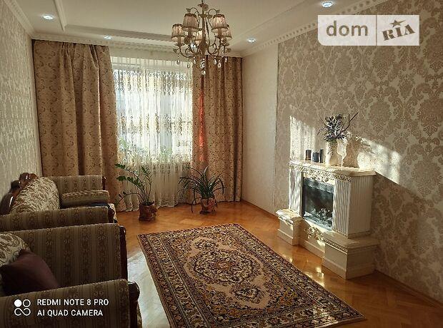 двухкомнатная квартира в Черновцах, район Проспект, на ул. Главная 187, кв. 17, в аренду на короткий срок посуточно фото 1