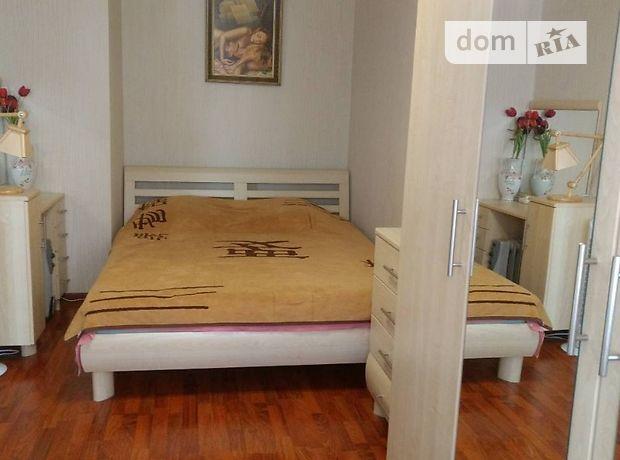 двухкомнатная квартира в Черновцах, район Проспект, на проспект независимости 119, в аренду на короткий срок посуточно фото 1