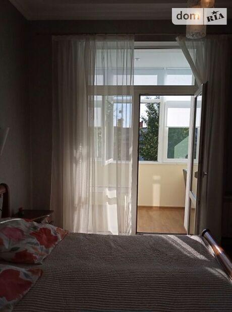 однокомнатная квартира в Днепре, район Верх Кирова, на ул. Поля в аренду на короткий срок посуточно фото 1