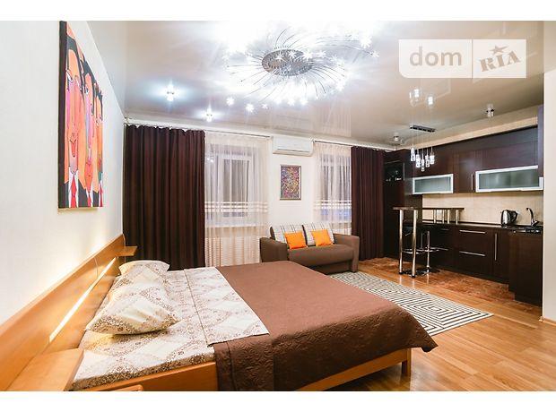 однокомнатная квартира в Днепропетровске, район Озерка, на Староказацкая 82 в аренду на короткий срок посуточно фото 1