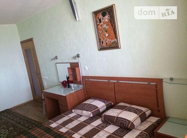 двухкомнатная квартира в Харькове, район Одесская, на Проспект Гагарина в аренду на короткий срок посуточно фото 1