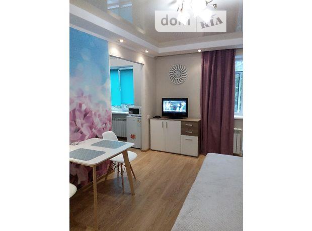 однокомнатная квартира в Хмельницком, район Центр, на ул. Гагарина, кв. 11, в аренду на короткий срок посуточно фото 1