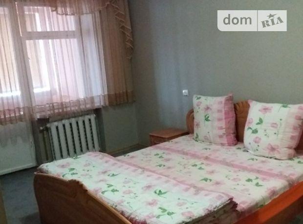 трехкомнатная квартира в Хусте, район Шаян, на Центральна 1, кв. 1, в аренду на короткий срок посуточно фото 1