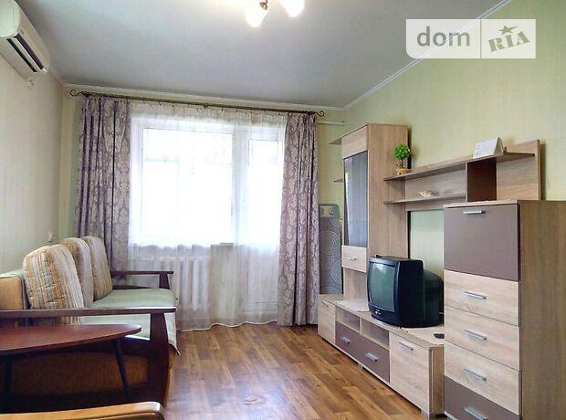 однокомнатная квартира в Черноморске, район Ильичевск, в аренду на короткий срок посуточно фото 1