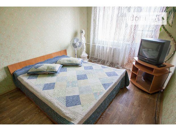 Аренда посуточная квартиры, 1 ком., Житомир, р‑н.Центр, Черняховского улица 1
